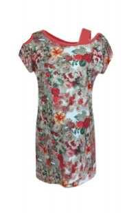 Туника за едри дами с къс ръкав в комбинация с цветя - модел 0822